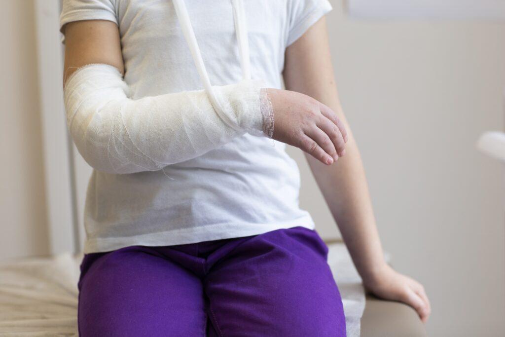 繰り返してしまうテニス肘…その原因とは?